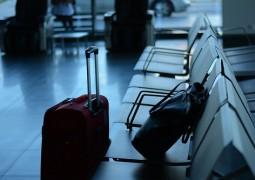 Valise pour avion à l'aéroport
