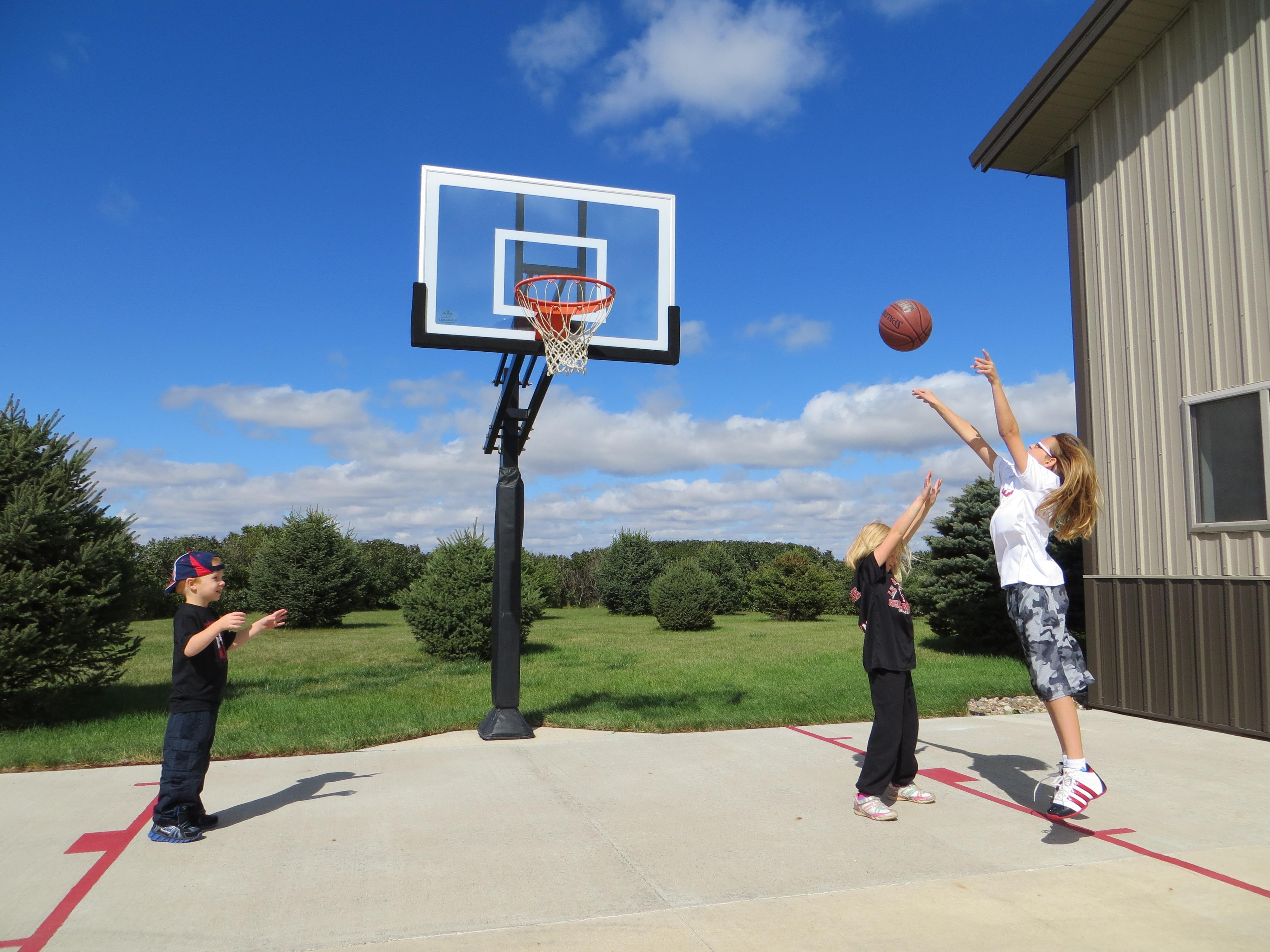 Panier de basket ce qu 39 il faut savoir pour bien l 39 installer - Panier de basket amovible ...